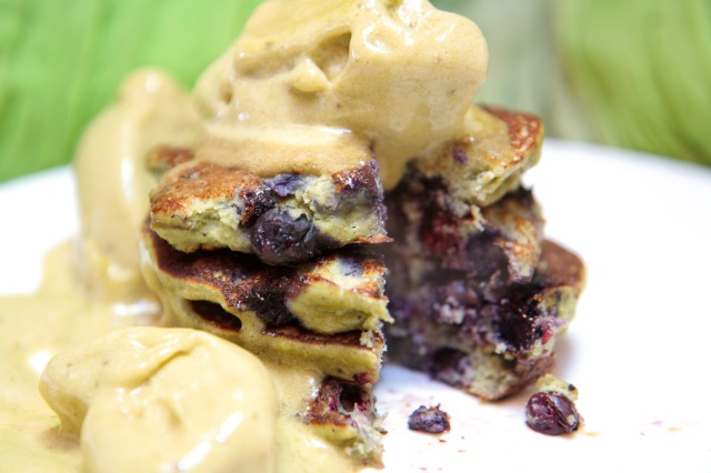 Mean-Green-Hemp-Pancakes8
