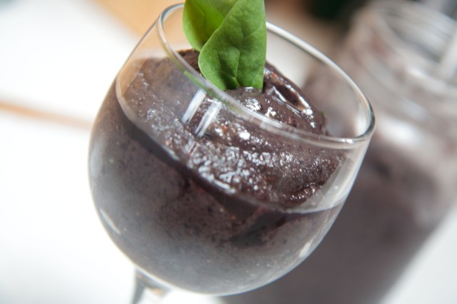 Muddy Waters Spinach Smoothie 8