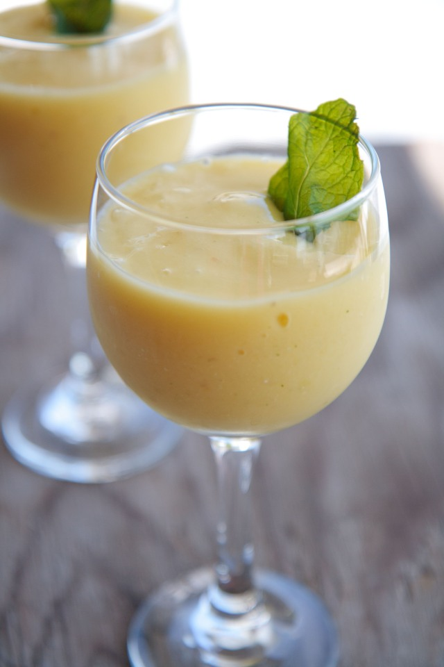 Lime Mint Mango Smoothie 4